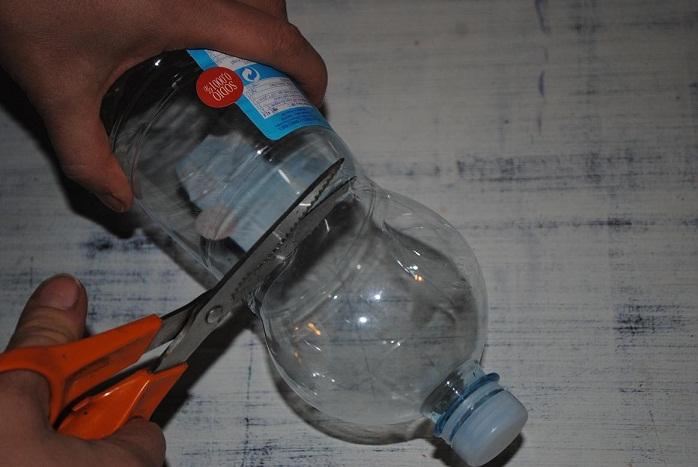 Segni e impronta palle di natale con materiale di riciclo - Decorazioni di natale con materiale riciclato ...